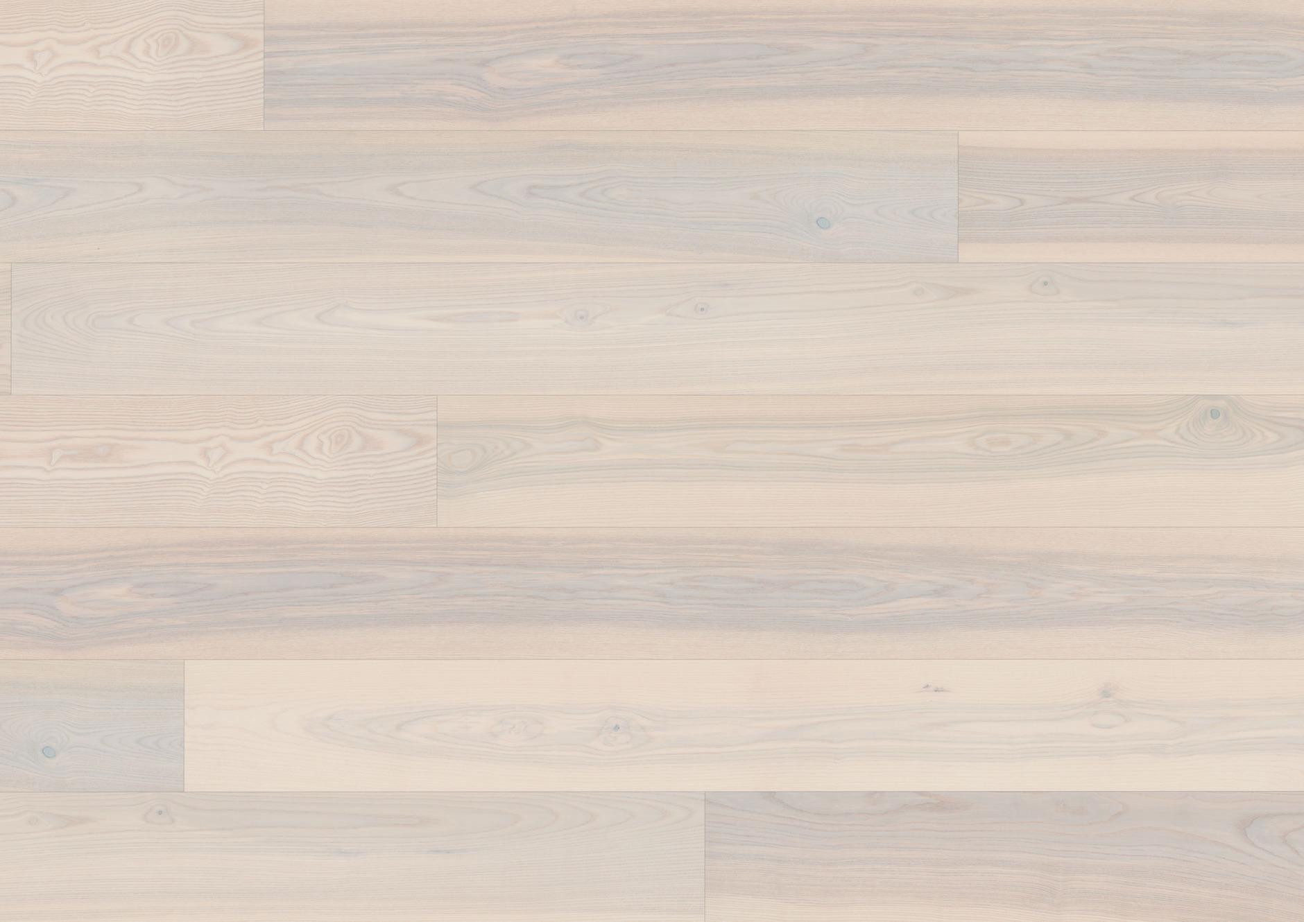 Esche azurweiß